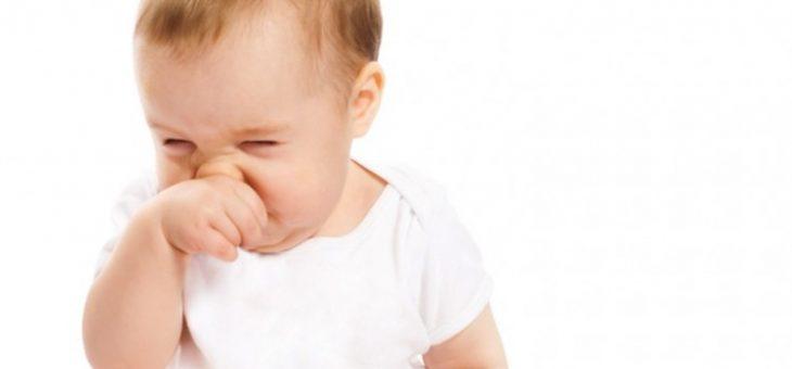 Khi trẻ sơ sinh bị nghẹt mũi